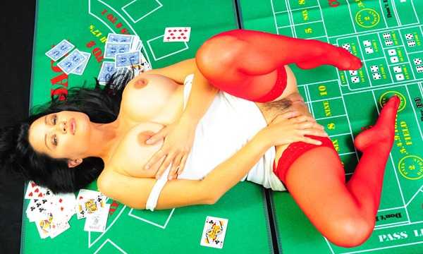 alley-baggett-playing-naked-poker